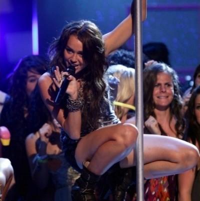 Miley a Pole Dancer?