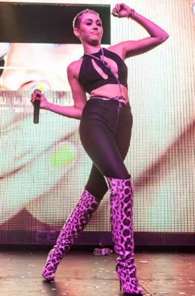 Miley's Str*pper looks
