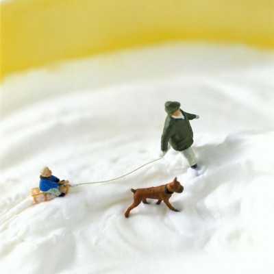 Adventures of tiny people in the world of food