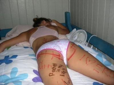Hilarious pics of girls being drunk and passed out