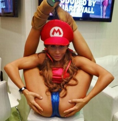 Hot girls in mario cosplays