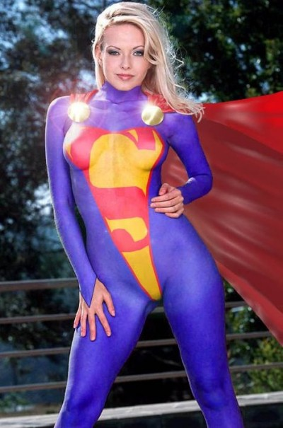 hottest supergirl cosplays