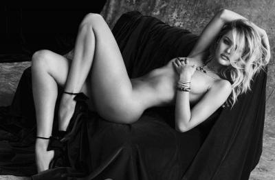 Candice Swanepoel Nude Pics